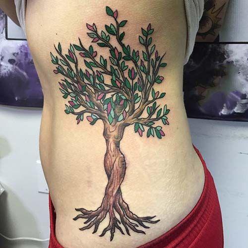 kadın ağaç dövmesi woman tree tattoo