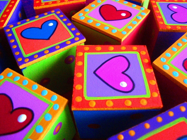 Cajitas corazón by rebeca maltos, via Flickr