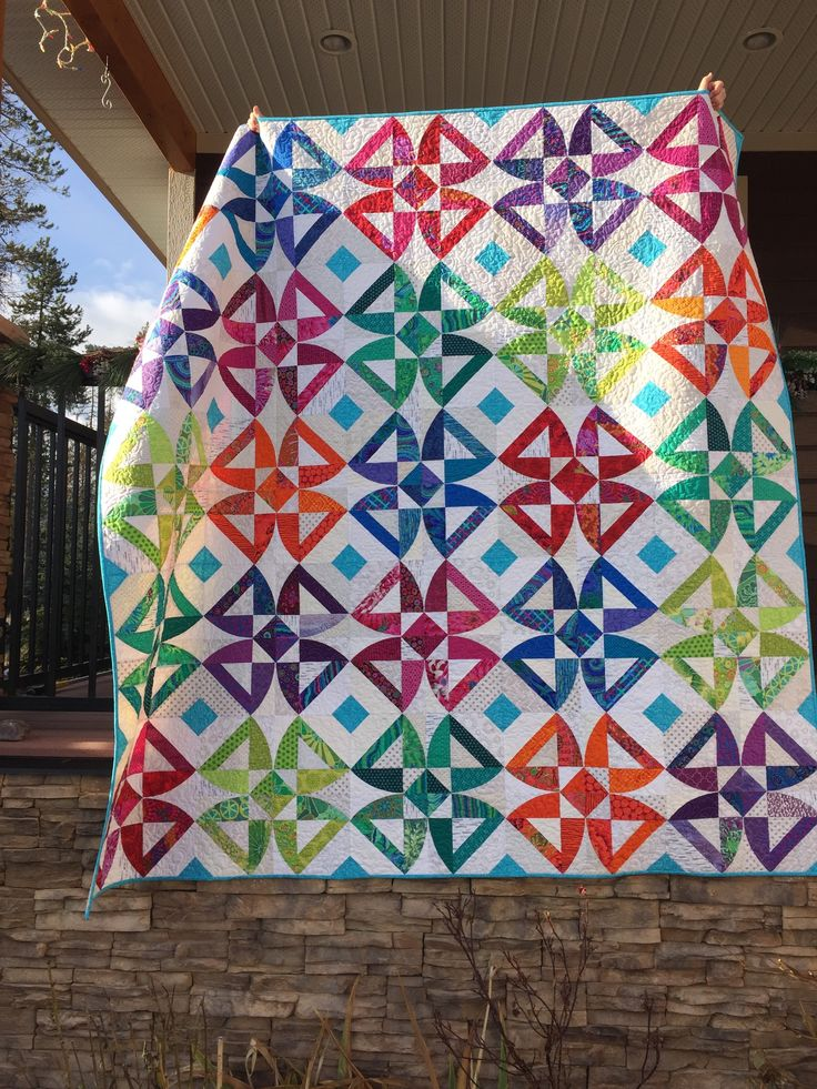 Twisted Blossom, a QCR quilt (Deb Crosby 2016)
