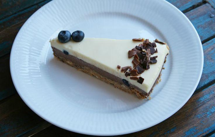 cheesecake with white and dark chocolate