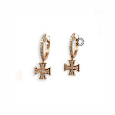 Μοντέρνα σκουλαρίκια από ροζ χρυσό Κ18 με Brilliants με κρίκο που καταλήγει σε ένα πολύ ιδιαίτερο σταυρό. Συνοδεύεται από εγγύηση ποιότητας Brilliants. #χρυσο #μπριγιαν #διαμαντια #σκουλαρικια