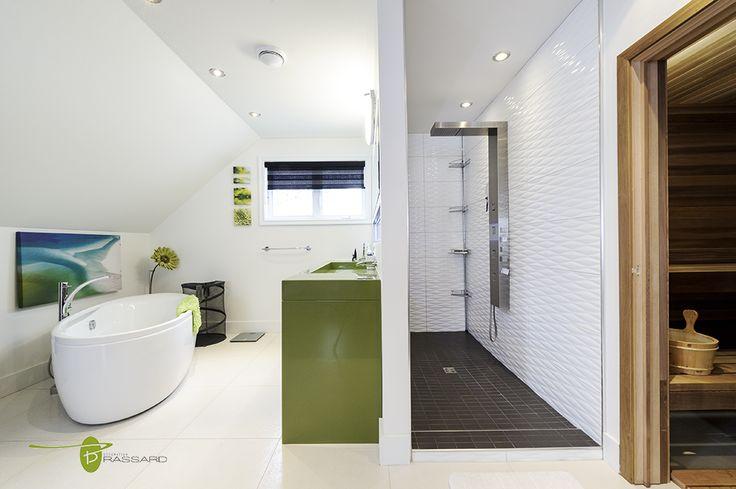 Voici des concepts uniques comme vous!! Salle de bain épurée, zen, sauna, accents de vert