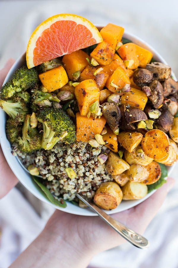 Roasted Veggie Grain Bowls with Citrus Dressing: an easy and healthy lunch or dinner! Great for batch-cooking and meal plans, and it's a naturally vegan and gluten free meal!    http://fooduzzi.com recipe