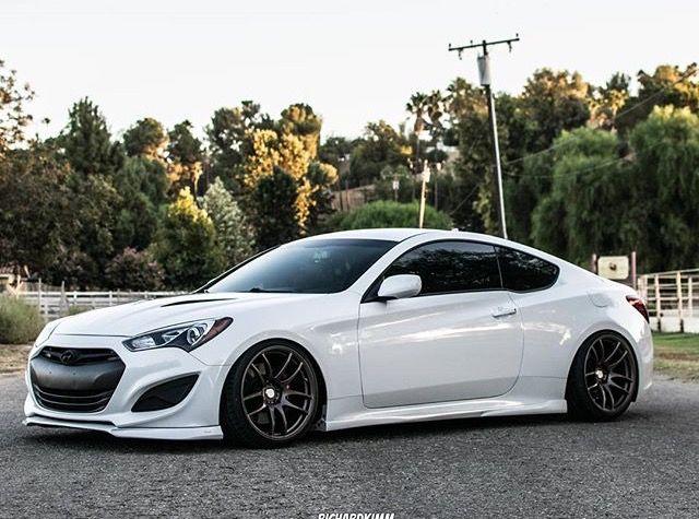White Hyundai Genesis