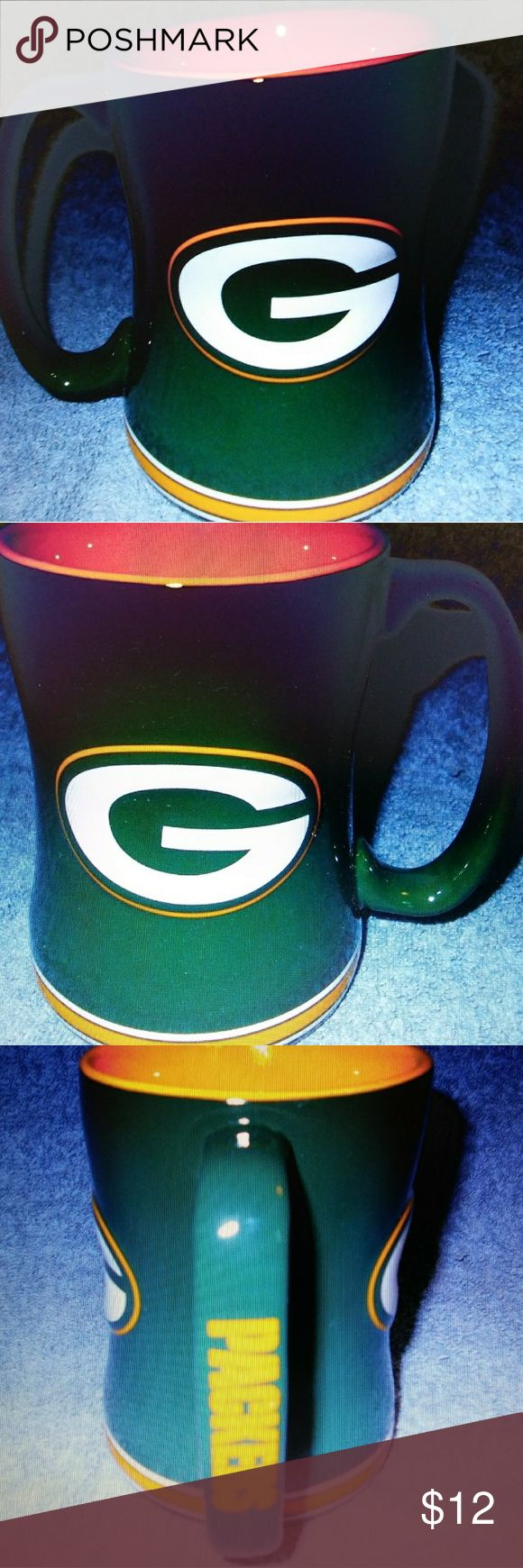 NFL Packers Mug-Used 2013 NFL Store Green Bay Packers Sculpted Ceramic 14OZ Coffee Cup/Mug. Boelter Brands Other