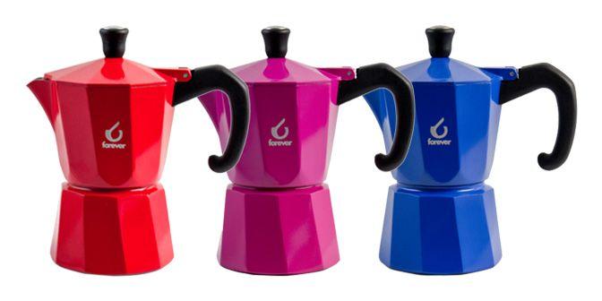 CAFFETTIERA Ms Super Colori - Forever - KAUFGUT s.p.a.  Caffettiera colorata moka in alluminio con guarnizione in silicone.  Disponibile in diversi formati: 1 Tz. e/o 3 Tz. nei colori: ROSSO, ARANCIO, GIALLO, LILLA, VERDE e BLU.