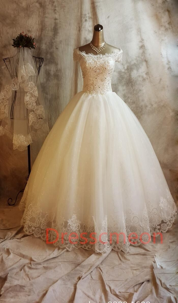 Long Ball Gown Lace Wedding Dresses,Beaded Back Up Lace Wedding Gowns,Bridal Gowns On Sale http://www.luulla.com/product/509219/long-ball-gown-lace-wedding-dresses-beaded-back-up-lace-wedding-gowns-bridal-gowns-on-sale #weddingdresses #weddingdress #weddinggowns #bridalgowns #backuplaceweddingdresses #ballgownweddingdresses #cheapweddingdresses #custommadeweddingdresses #beadedweddingdresses