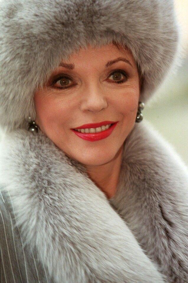 Joan Collins   ♔ Fur Hats   Hats, Fur и Winter hats