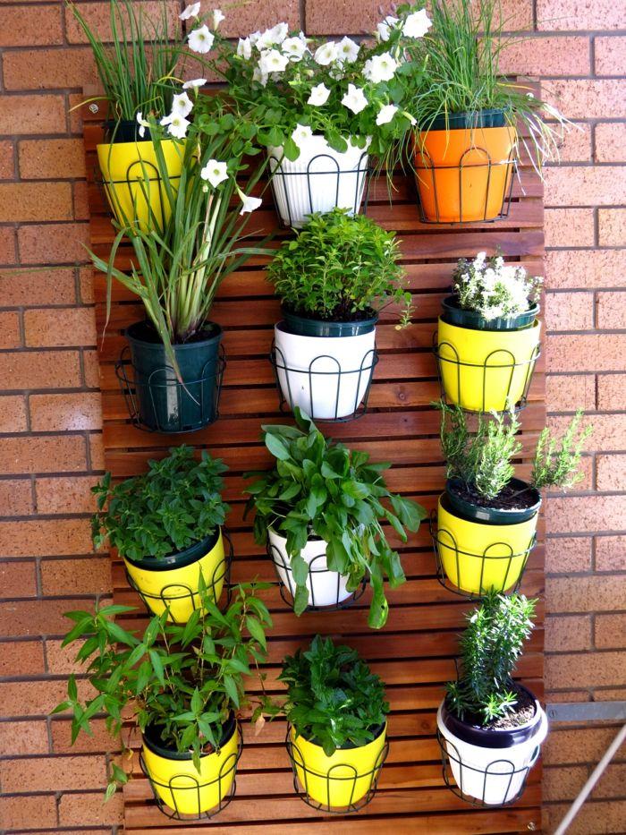 Balkongestaltung balkongarten gestalten pflanzen gelbe for Deko ideen pflanzen