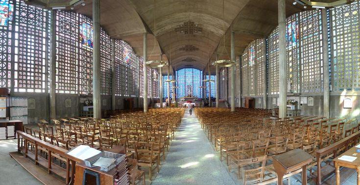 Église_Notre-Dame_du_Raincy_-_Le_Raincy_-_Seine-Saint-Denis_-_France_-_Mérimée_PA00079948_panoramic.jpg (4758×2442)