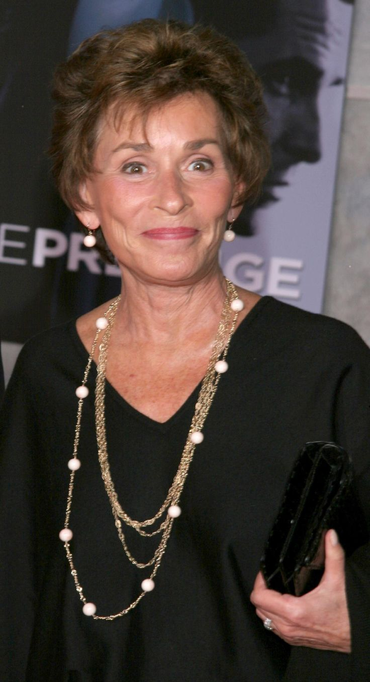 Happy 69th birthday to Judge Judy Sheindlin.  she always looks nice.