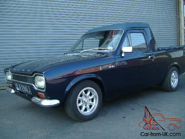 uk ford escort ute converted from a panel van utes bakkies they built them out of what. Black Bedroom Furniture Sets. Home Design Ideas