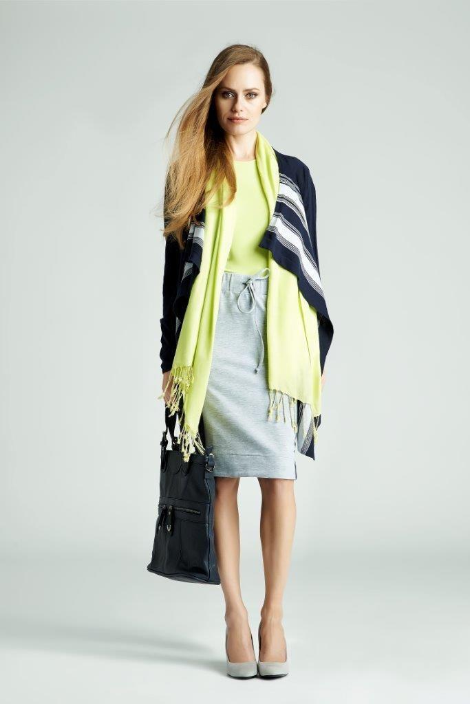 Gdy potrzebujesz więcej luzu sięgnij po dzianinę - miękko cię otuli, ogrzeje w chłodniejsze dni, a energetyczne kolory poprawią nastrój :)  #QSQ #fashion #inspirations #outfit #ootd #look #spring #summer #lime #yellow #casual #skirt #cardigan #scarf #top #cozy #minimal #feminine #bag