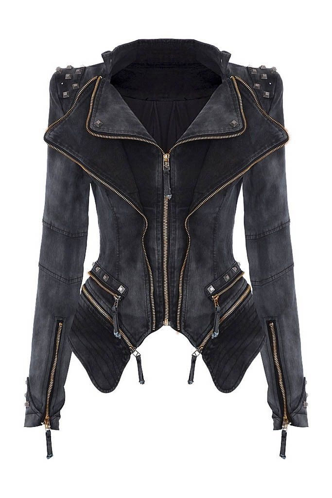 This jacket is so on-trend!