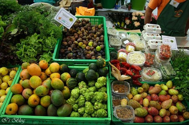 Fructe exotice in Piata Adeje