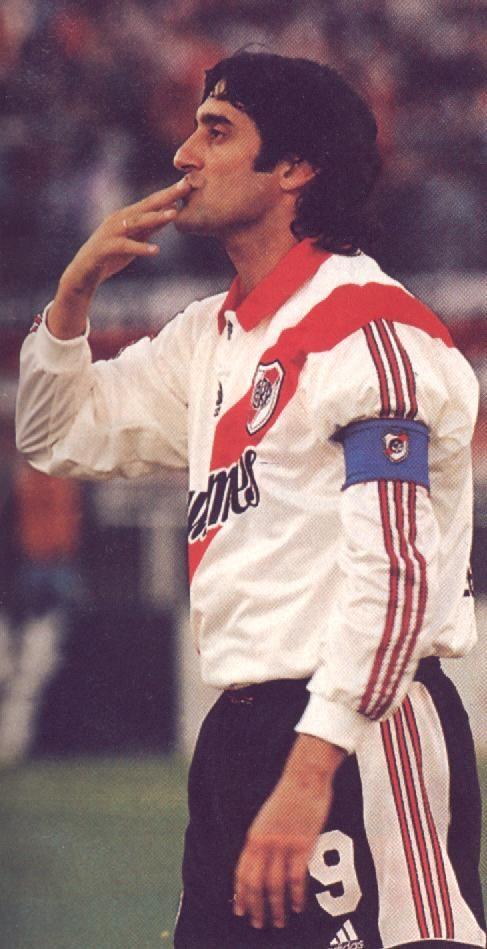 Enzo Francescoli , River Plate