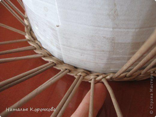Поделка изделие Плетение Домики для лука с подробностями Трубочки бумажные фото 5