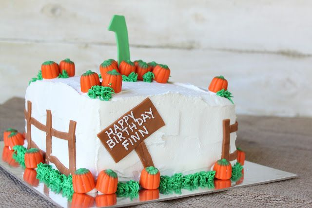 Crave. Indulge. Satisfy.: Pumpkin Patch Cake