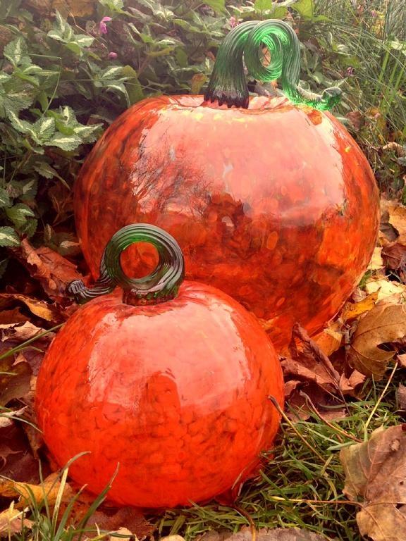 Kitras Glass Pumpkins