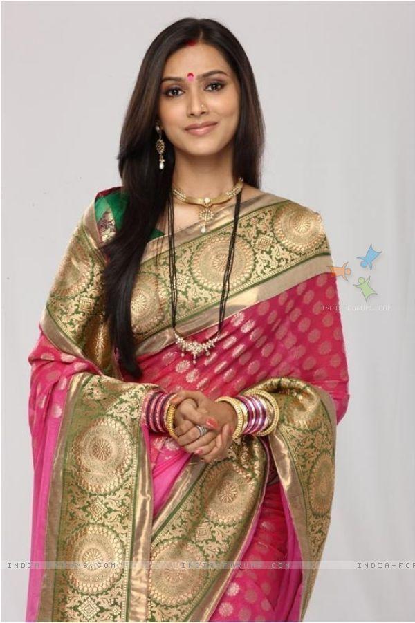 subhash | Pallavi Subhash as Aastha in tv show Godh Bharaai