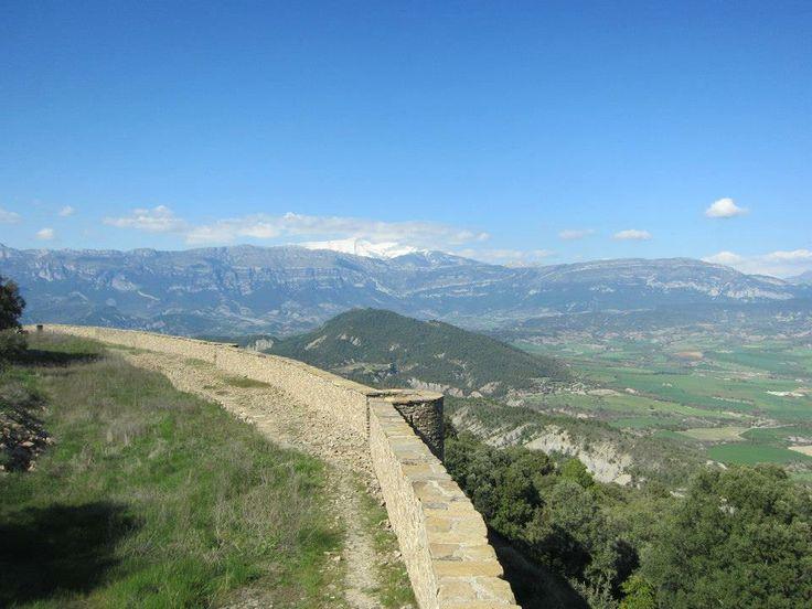 Muro de Roda  http://www.pasoapalmo.com/sobrarbe/valle-de-la-fueba-y-bajo-penas/muro-de-roda