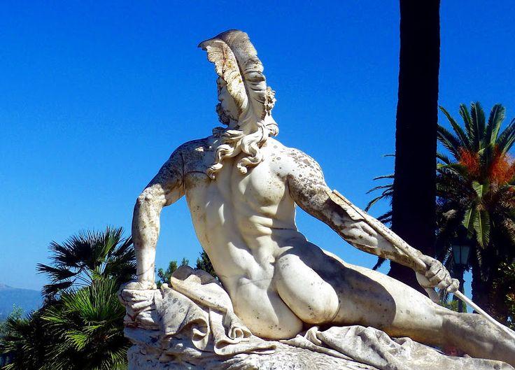 Zu Besuch beim schönsten Mann Kerkyras ... im Achilleion Palast auf Korfu