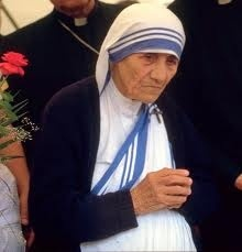 """Blessed Teresa of Calcutta (Aug. 26, 1910 to Sept. 5, 1997). Her feast day was Sept. 5th. """" If you can't feed a hundred people, feed just one"""" Mother Teresa"""" asinnerguideyothesaints.b"""