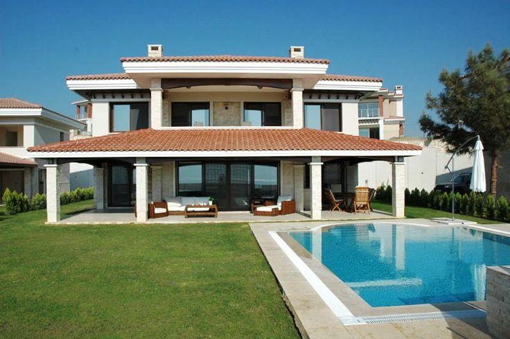 http://www.turkeyhousesforsale.com/property/real-estate-kusadasi-1698