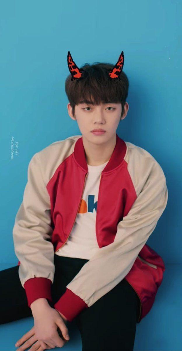 040319 MV 'Crown' #TOMORROW_X_TOGETHER #YEONJUN | Txt, South korean boy  band, Kpop