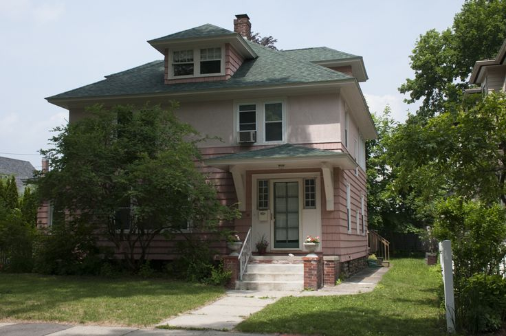 Attractive 30 Franconia St. Worcester MA. Price Dropped To $223,000. Please Call Or  Email