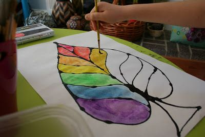 Easy fall kids craft colored glue leaves using the for Easy art projects for adults
