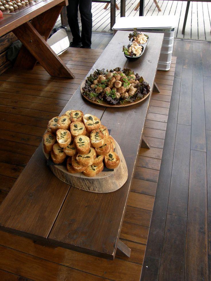 Food Labo 072-438-8475  岸和田市沼町1-24 ■11:30 - 16:00ラストオーダー■■  抹茶のチーズケーキ / 各種ケーキはテイクアウトも可能です。1カットからお気軽にどうぞ。