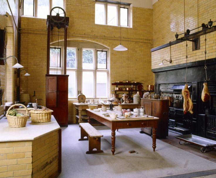 32 best images about edwardian interiors on pinterest for Edwardian kitchen