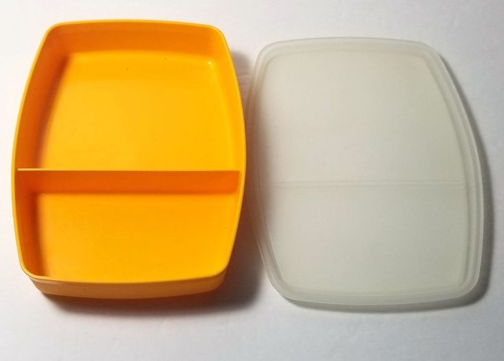 Tupperware #813 Packette Divided Lunch Snack Container Gold With Sheer Lid #814 #Tupperware