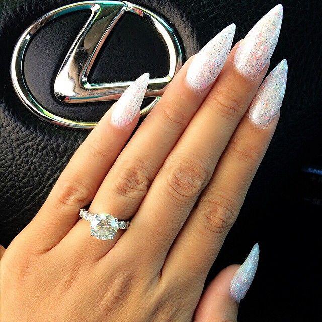 Classy stilleto nails #GLAMGIRLTINGSS ☆★♡♥♡★☆♡pinterest:@PjQueen21
