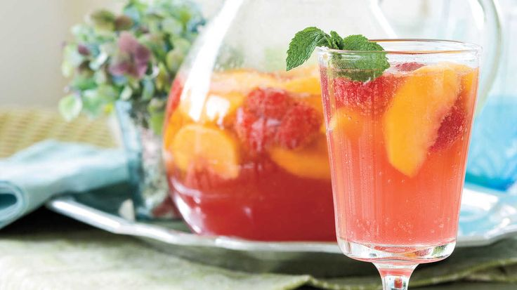 ... Sangria can be made using white, red, or sparkling wines. A red wine