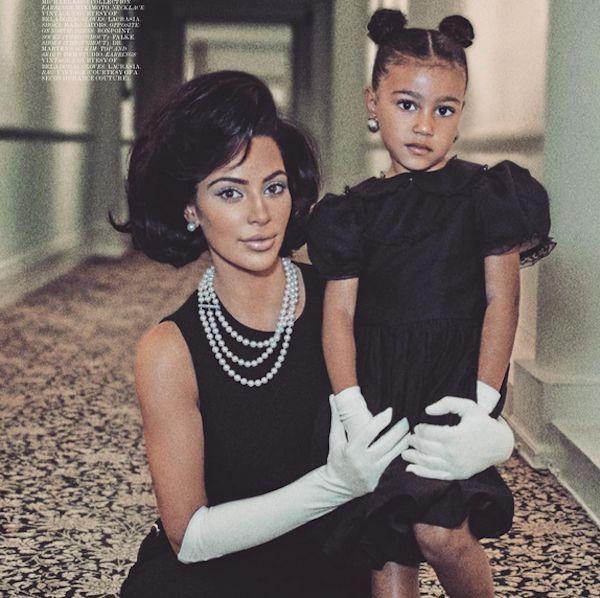 A revista norte-americana Interview Magazine, convidou Kim Kardashian e sua filha North West para um editorial inspirado nos anos 60. Os looks usados por Kim, lembram o da ex-primeira-dama (norte-americana) Jacqueline Kendedy. http://www.1novoestilo.com.br/2017/09/kim-kardashian-encarna-jackie-kennedy.html