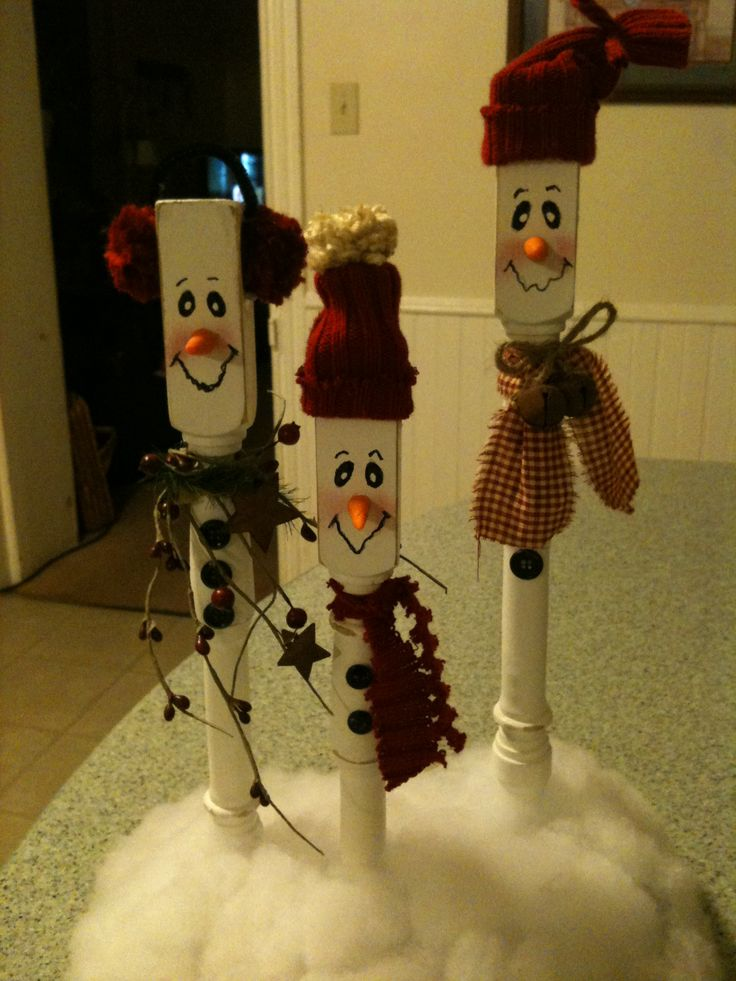 Spindle Snowman Family