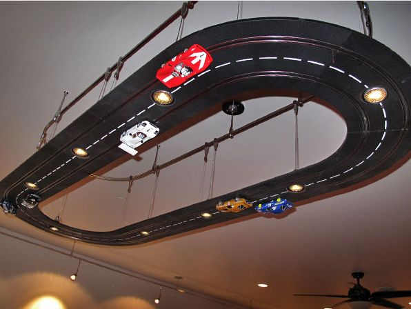 Wish I knew how to make this!  My son asked for a race track on his ceiling.