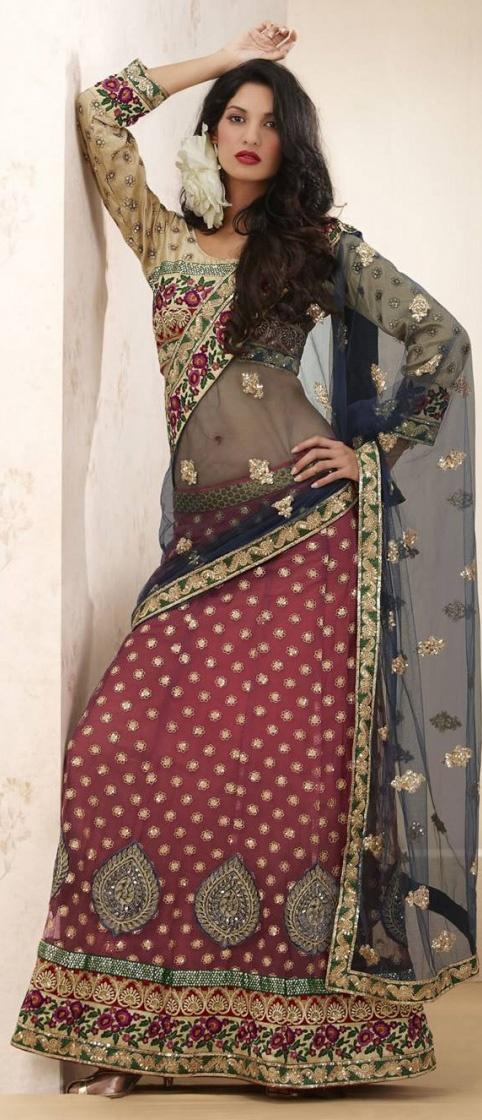 #Saree #IndianClothes #IndianFashion