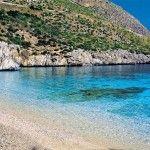 Strand bij Zingaro (natuurreservaat!) 25 km van Trapani Je kunt hier wandelen, fietsen, kayakken, alles!