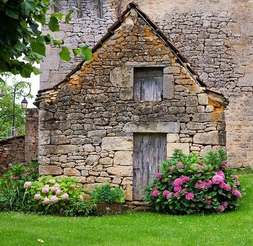 Best 25 Old Stone Houses Ideas On Pinterest