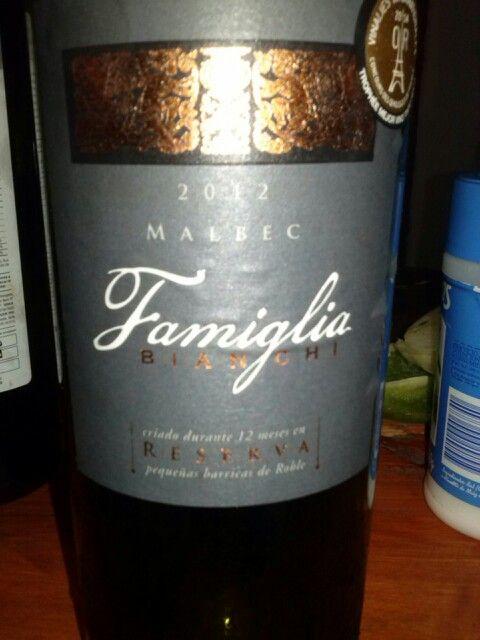 El mejor vino tinto seco del mundo 2014. Gran vino argentino.