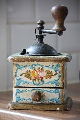 This vintage coffee grinder is a must have accessory for any coffee-lover…