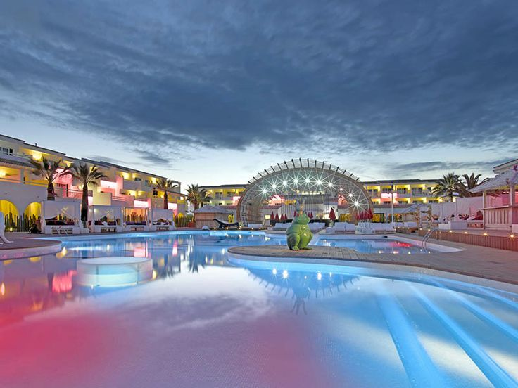 Offer Atol Protected Package Holidays At Ushuaia Ibiza Beach Hotel In Playa Den Bossa Book Your Including Flights And Accommodation For Just Deposit