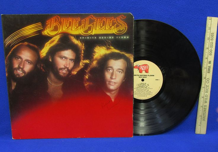 """This 1974 vintage Bee Gees """"Spirits Having Flown"""" Album contains songs: Search - Find, Stop Think Again, Until, Reaching Out, etc.  Open the cover to see a list of """"Guest Musicians"""". 