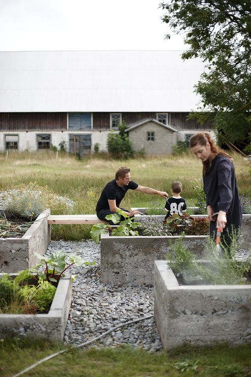 concrete raised beds in various heights