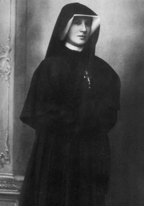 St Faustina, the friend who stands with me in the darkest hour