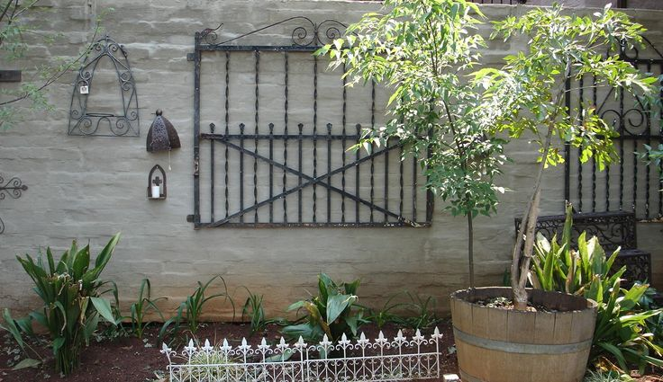And yet some more old gates ...