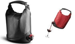 Styling like a bag lady!: Work, Greatest Handbags, I M, Baggy Winecoat, Beer Margaritas, Products, Wine Purses, Wine Bags, Mixed Drinks